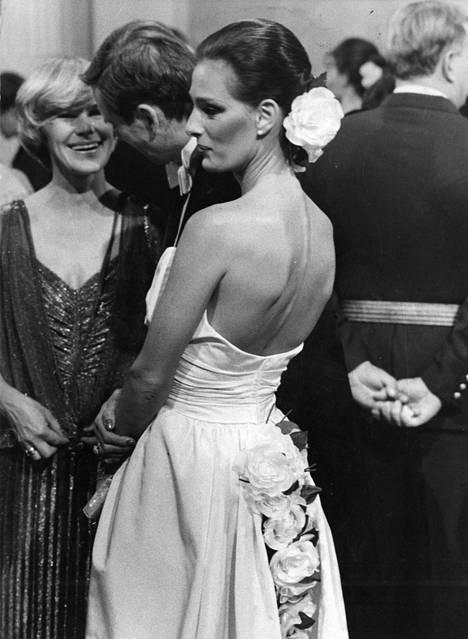 Ministeri Ingvar S.Melinin vaimo Maria Melin oli yksi 1980-luvun kuvatuimmista daameista.