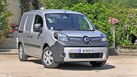 PIDEMMÄLLE Renault Kangoo Z.E. on sähköinen pikkupaku, joka parantelee asemiaan uuden akun myötä. Uusi Z.E. 33 –versio vie autoa virallisen mittaustavan mukaan 270 kilometrin matkan, käytännössä noin 200 kilometriä on lähempänä totuutta.
