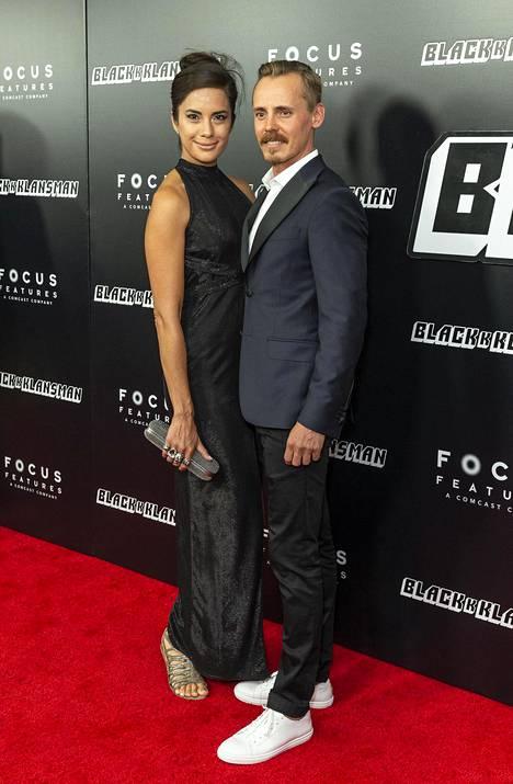 Jasper Pääkkönen ja Alexandra Escat edustivat yhdessä jo New Yorkin ensi illassa viime viikolla.