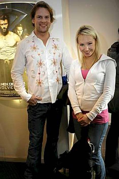 Jori Kopponen ja avovaimonsa Kirsikka Kataja eivät välitä ilkeistä huhuista.