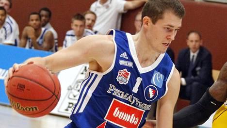 KTP-Basket kohensi asemiaan Katajan kaadolla – Kobrat palasi voittajaksi