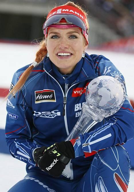 Soukalová voitti viime kaudella naisten maailmancupin suvereenisti.