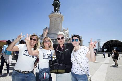 Minna, Marika, Tiina ja Annika toivovat Suomelle hyvää sijoitusta euroviisuissa.