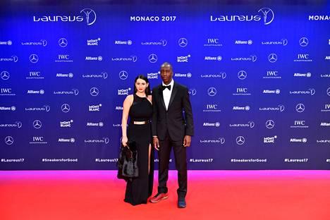 Johnson vaimonsa Armine Shamiryanin kanssa Laureus-urheilugaalassa helmikuussa 2017.