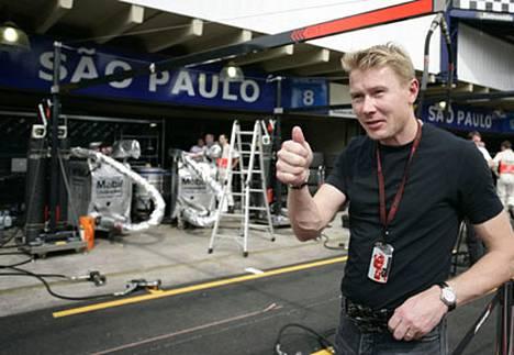 Formula 1:n kaksinkertainen maailmanmestari Mika Häkkinen lopettaa uransa.