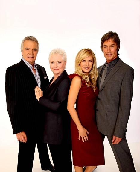 Sarjan neljä alkuperäisnäyttelijää yhteiskuvassa: John McCook (vas.), Susan Flannery, Katherine Kelly Lang ja Ronn Moss.