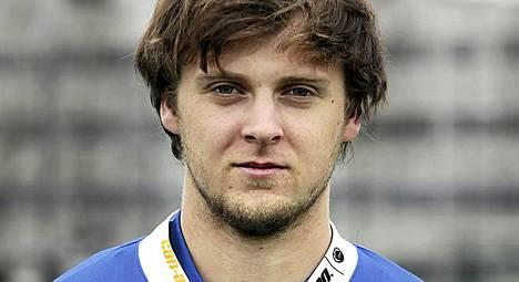 Nuorisomaajoukkuetähti Thomas Götzl ratkaisi pelin RoPSille.