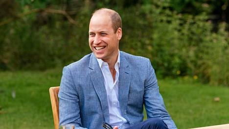 Prinssi William innostui twiittailemaan sunnuntai-iltana.