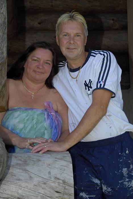 Matti Nykänen oli tarinan mukaan ensitapaamisella luullut Mervi Tapolaa Jarmo Tapolan vaimoksi, kun kyse oli sisaruksista. Kuva vuodelta 2007.