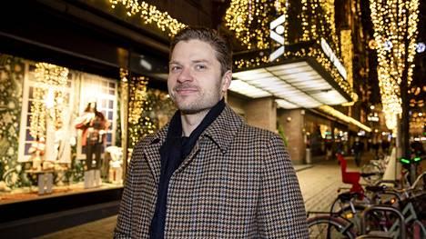 Entinen NHL-kiekkoilija Petteri Nokelainen työskentelee varainhoitajana Obsido Oy:ssä.