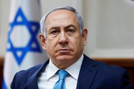 Israelin pääministeri Benjamin Netanjahu esiintyi sunnuntaina tiukasti.