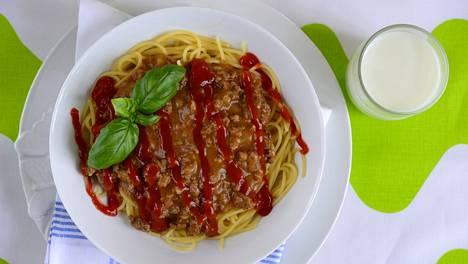 Kasarisuosikki jauhelihakastike on ollut vuodesta toiseen ruokalaji, jota miltei joka toinen suomalainen syö useammin kuin kerran kuukaudessa.
