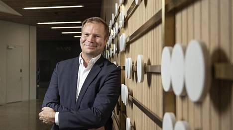 –Vaikka nyt voi näyttää siltä, että innovaatiotoiminta olisi hankalampaa kuin aiemmin, se voi johtua siitä, ettei sitä vielä osata tehdä uudella tavalla, Juha Äkräs sanoo.