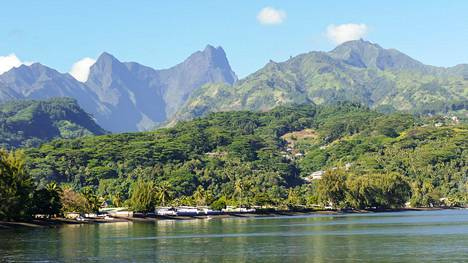 Reissu alkaa Tahitin paratiisisaarelta.