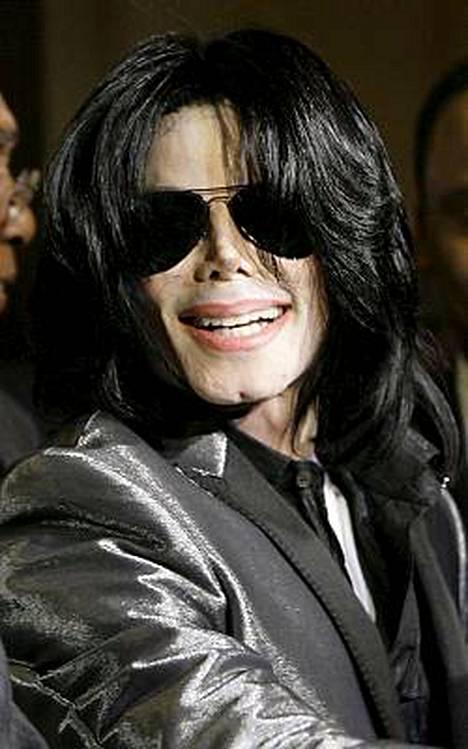 Michael Jackson aikoo tehdä konserttisarjan Lontoossa.