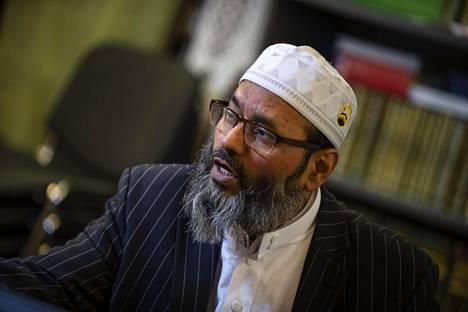 –En tiedä ovatko he muslimeja vai eivät. He eivät ole ainakaan yhdyskuntamme jäseniä, imaami Abdul Mannan sanoi seksuaalirikoksista epäillyistä maahanmuuttajamiehistä IS:lle tammikuussa.