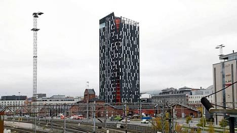 Tampereen tornihotelli on 88,5 metriä korkea.
