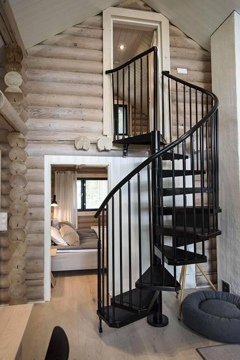 Uusi portaikko.