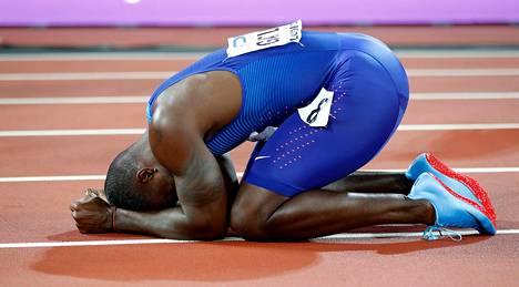 100 metrin MM-sankari painui radan pintaan onnensa kukkuloilla.