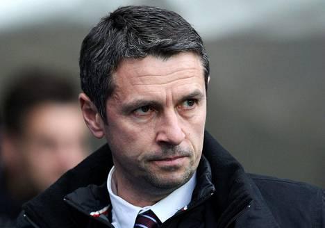 Remi Garde sai lähteä Aston Villasta.