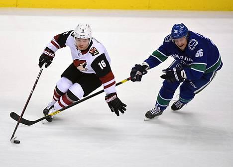 Vancouverin Jussi Jokisen (oik.) sopimus päättyy tähän kevääseen, mikä saattaa olla iso este MM-peleille.