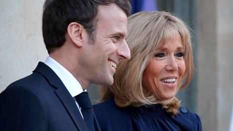 Emmanuel ja Brigitte Macronin rakkaus roihahti jo vuosia sitten, kun Emmanuel oli vasta 17-vuotias.