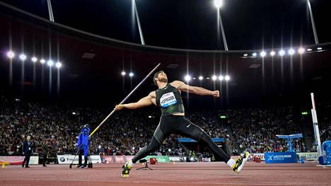 Andreas Hofmann heitti ensimmäisen yli 90-metrisen sitten kesäkuun alun.