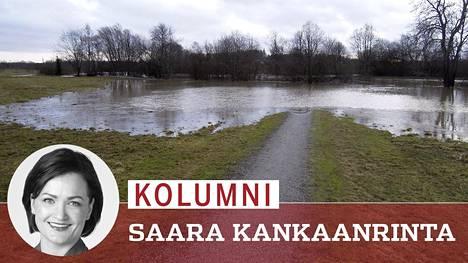 Tulviva Vantaanjoki katkaisi rantatien Vantaan Tammistonrannassa 17. helmikuuta.