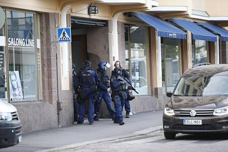 Piiritystilanne tapahtui Helsingin Kasarmikadulla viime viikon torstaina.
