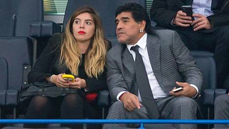 Dalma Maradona on jalkapalloilijaisänsä tavoin tunnettu ja seurattu henkilö Argentiinassa.