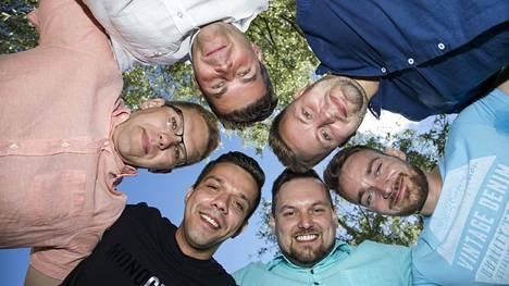 Kandidaatit vasemmalta vastapäivään: Petri Kiiski, Tino Ahlgren, Mika Mäkkeli, Pyry Hautamäki, Jarno Kokko ja Marko Haapaniemi.