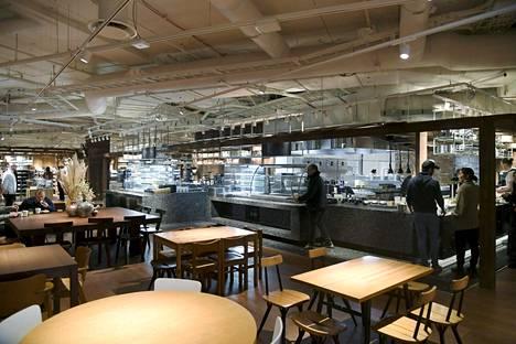 Ravintolassa on vajaat 200 asiakaspaikkaa.