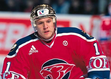 Jan Caloun teki parhaalla HIFK-kaudellaan 1998–99 hurjat tehot 24+57=81. Seuraavalla kaudella tshekkitähti iski HIFK:n paidassa 38 maalia ja 72 pistettä.