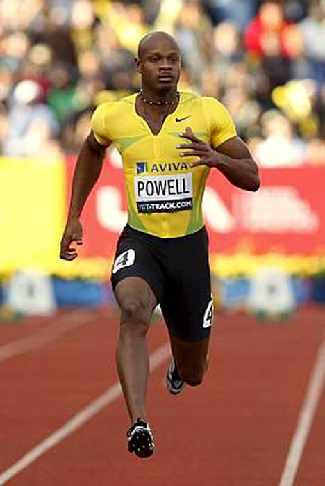 Asafa Powell saa juosta MM-kisoissa.