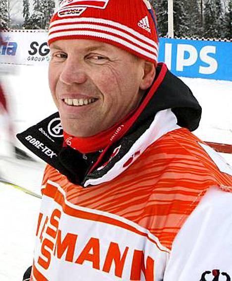 Ismo Hämäläinen on aikaisemmin valmentanut muun muassa Suomen naisten hiihtomaajoukkuetta.