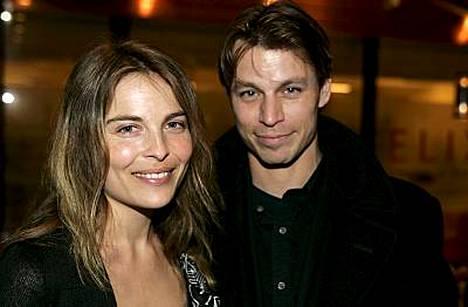 Onnelliset vanhemmat, Irina ja Peter.