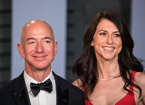 Jeff ja MacKenzie Bezosin liitto päättyi eroon vuonna 2019.