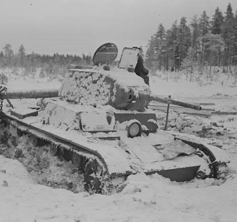 Suomalaisia oli vastassa raskasta kalustoa.