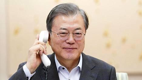Etelä-Korean presidentti Moon Jae-in puhui puhelimessa Yhdysvaltain presidentin Donald Trumpin kanssa.