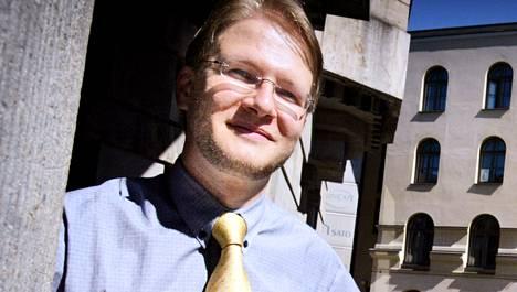 Eurooppalainen Suomi ry:n Arto Aniluoto on toiminut aiemmin muun muassa Helsingin yliopiston ylioppilaskunnan pääsihteerinä.