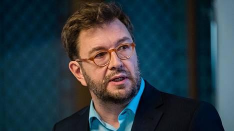 Liikenne- ja viestintäministeri Timo Harakka (sd).