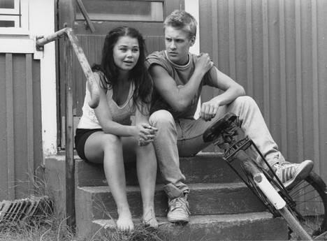 Häräntappoase-sarjassa Outi Alanen näytteli Santeri Kinnusen kanssa.