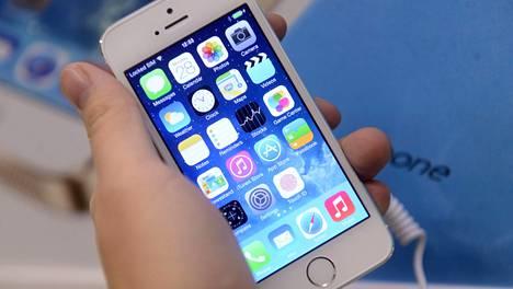 Tehdaskorjattua iPhone 5s:ää on palautettu reilusti Verkkokauppa.comiin.
