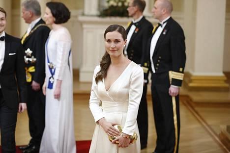 Pääministeri Sanna Marin meni naimisiin samassa puvussa, joka nähtiin hänen yllään vuoden 2018 Linnan juhlissa.