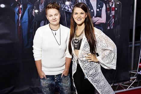 Meri Sopanen on ollut Saara Aallon tärkein tuki koko X Factor -kilpailun ajan. Sopanen arvioi maanantaina lentokentällä toimittajille Saaran pärjänneen kisassa niin hyvin positiivisen ja ihanan luonteensa vuoksi.