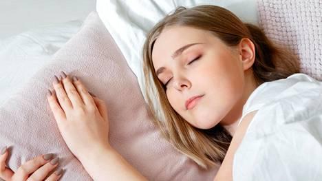 Koululaiset alkoivat nukkua viikossa jopa neljä tuntia enemmän.