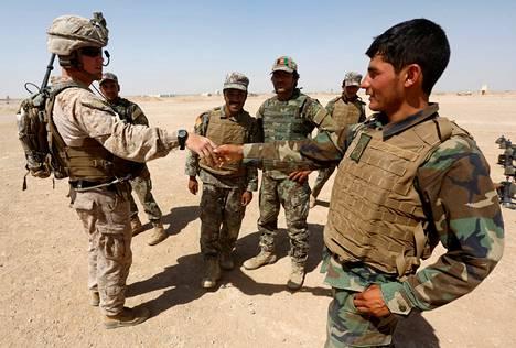 Yhdysvaltojen Afganistanin armeijalle ostamissa vaatteissa oli se ongelma, etteivät ne sopineet maastoon.