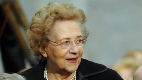 Pitkäaikainen keskustavaikuttaja, ministeri Marjatta Väänänen on kuollut 97-vuotiaana.