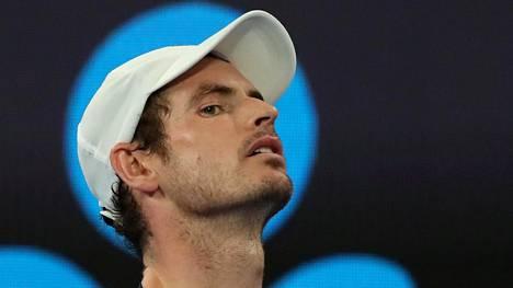 Andy Murray sai metallia kehoonsa – pinnoitetekonivel voi venyttää katkolla ollutta uraa