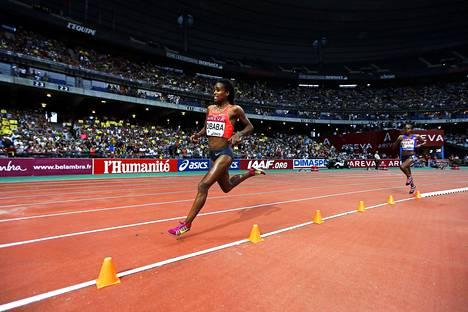 Genzebe Dibaba oli lähellä 5000 metrin ME-aikaa.